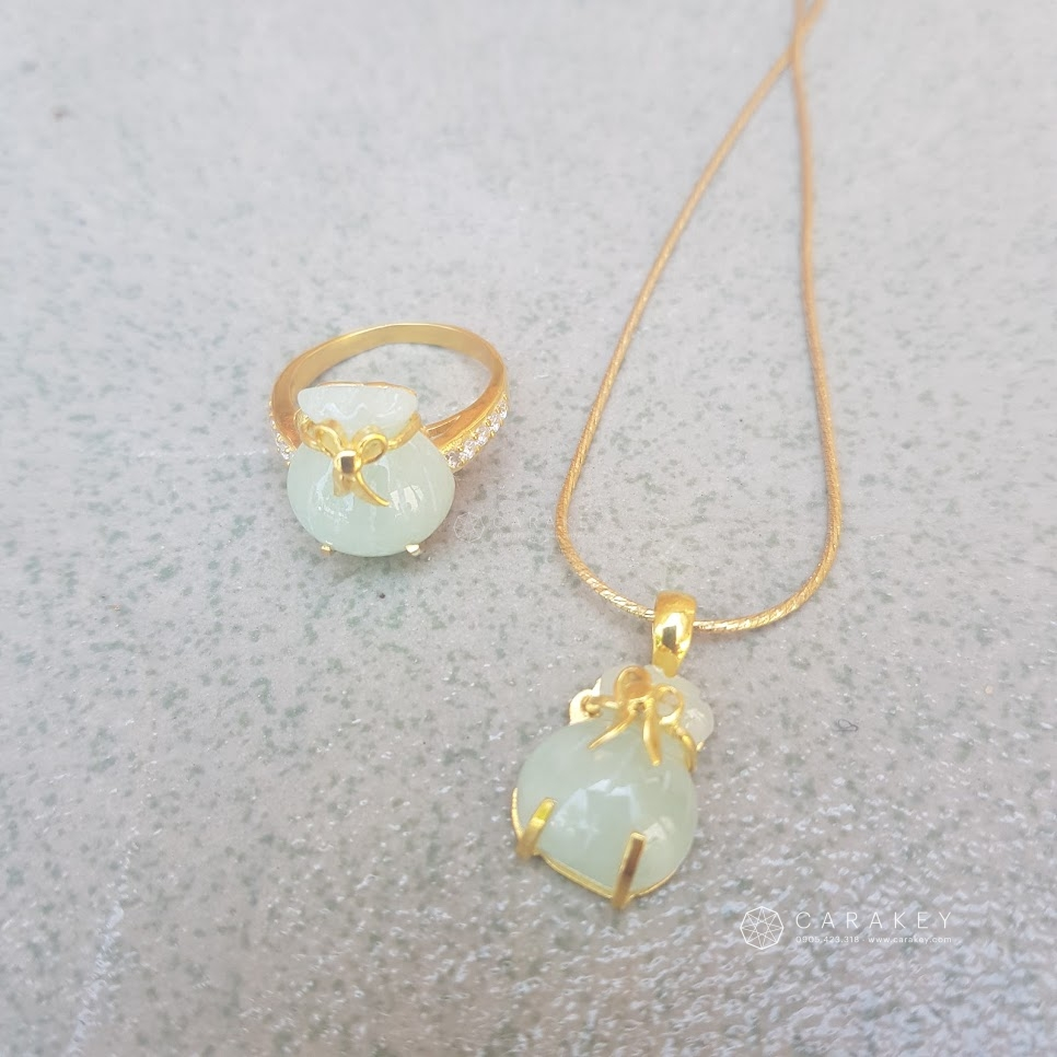Túi tiền ngọc jadet bọc bạc mạ vàng