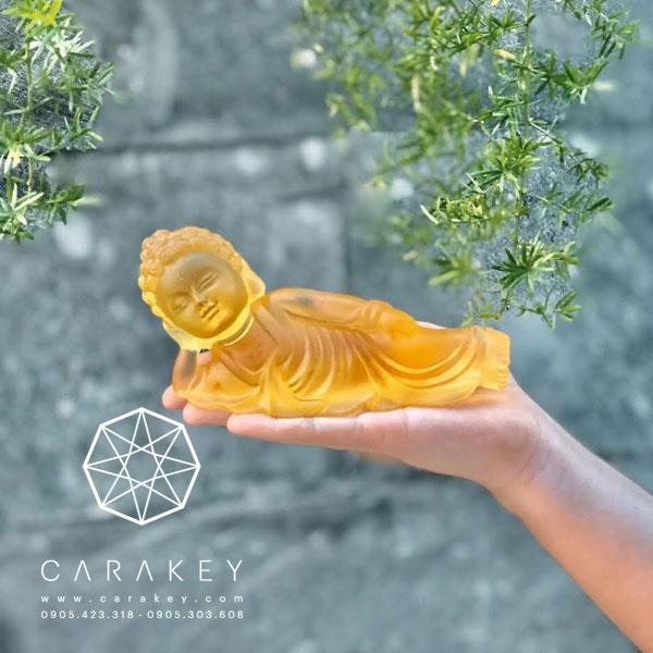 Phật nằm đá lưu ly
